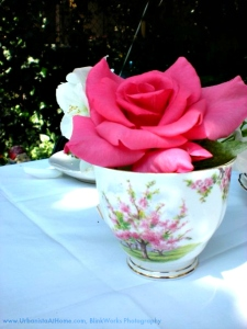 www-urbanistaathome-com-floral-decor
